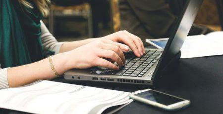 การสร้างฐานข้อมูล และใช้ระบบ CRM เพื่อความได้เปรียบในการแข่งขัน